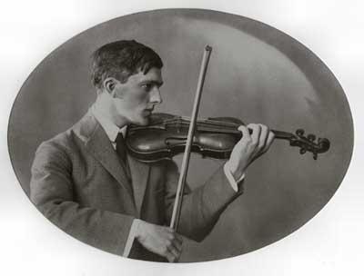 Jos Overtoom als jonge violist.